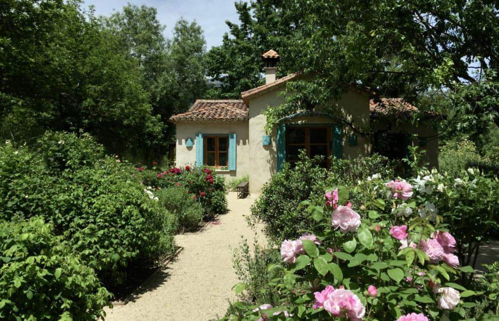 casas-del-naval-casa-de-campo-las-casas-san-julian-jardin-01